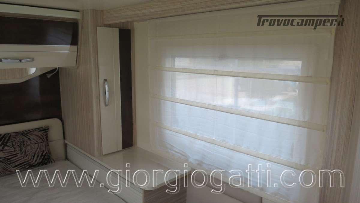 Camper Elnagh T-Loft 582 semintegrale con letto centrale e garage nuovo ducato nuovo  in vendita a Alessandria - Immagine 7