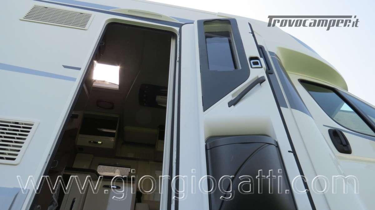 Camper Elnagh T-Loft 582 semintegrale con letto centrale e garage nuovo ducato nuovo  in vendita a Alessandria - Immagine 9