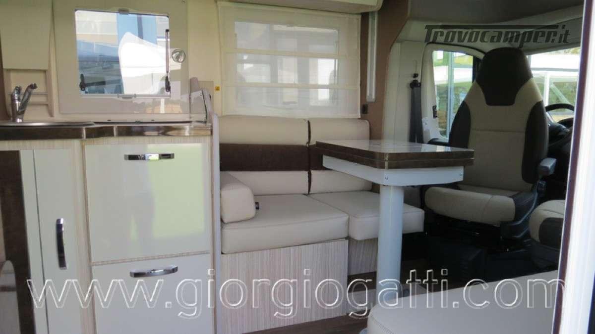 Camper Elnagh T-Loft 582 semintegrale con letto centrale e garage nuovo ducato nuovo  in vendita a Alessandria - Immagine 17