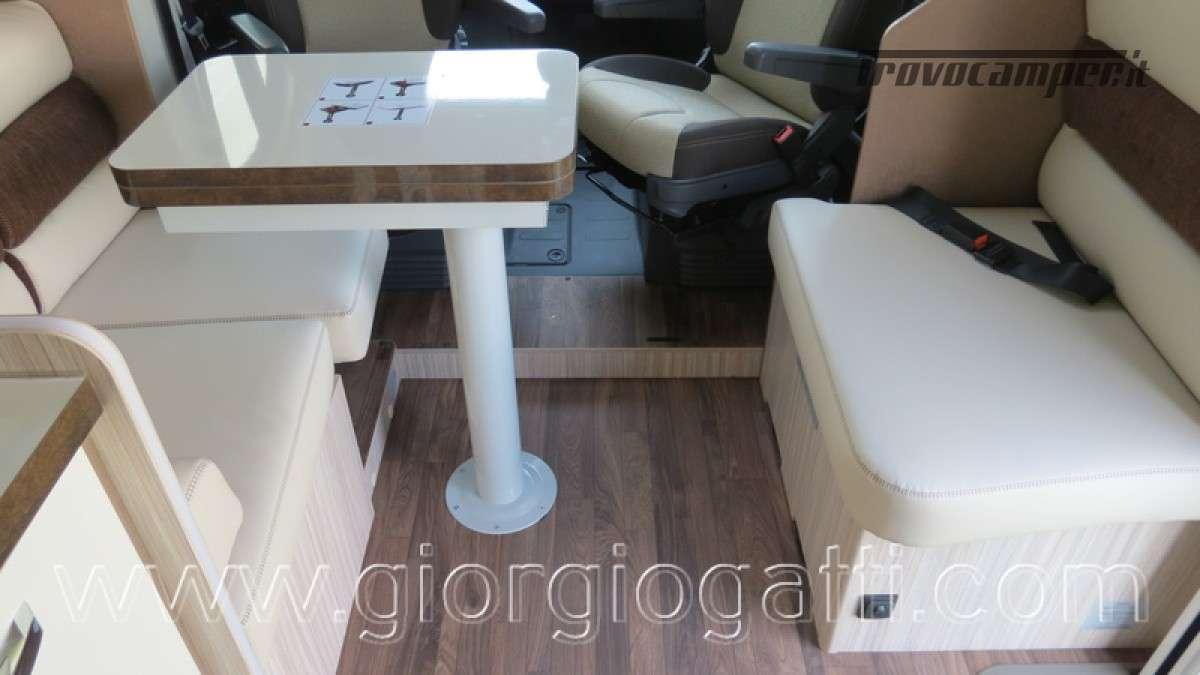Camper Elnagh T-Loft 582 semintegrale con letto centrale e garage nuovo ducato nuovo  in vendita a Alessandria - Immagine 21