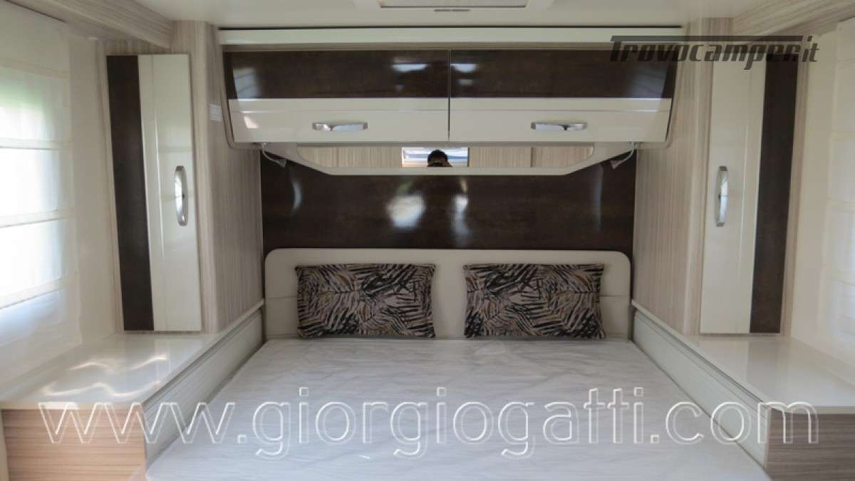 Camper Elnagh T-Loft 582 semintegrale con letto centrale e garage nuovo ducato nuovo  in vendita a Alessandria - Immagine 22