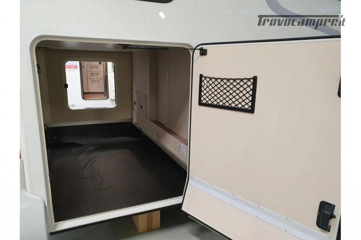 SEMINTEGRALE KM 0 HYMER TRAMP S 685 CON  LETTI GEMELLI SU GARAGE, MECCANICA MB nuovo  in vendita a Milano - Immagine 4