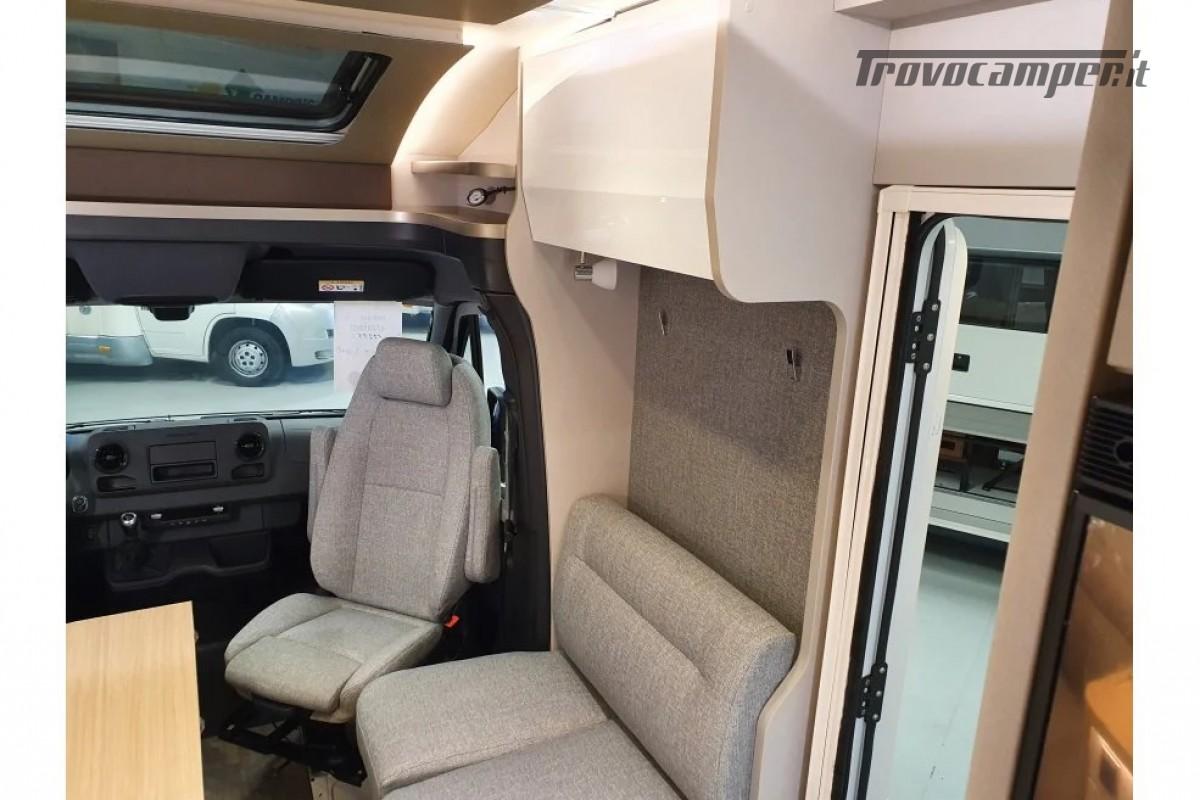 SEMINTEGRALE KM 0 HYMER TRAMP S 685 CON  LETTI GEMELLI SU GARAGE, MECCANICA MB nuovo  in vendita a Milano - Immagine 9