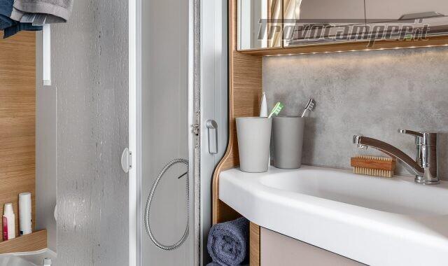 Semintegrale KNAUS VAN TI 550 MF VANSATION NUOVO SEMI nuovo  in vendita a Bergamo - Immagine 16