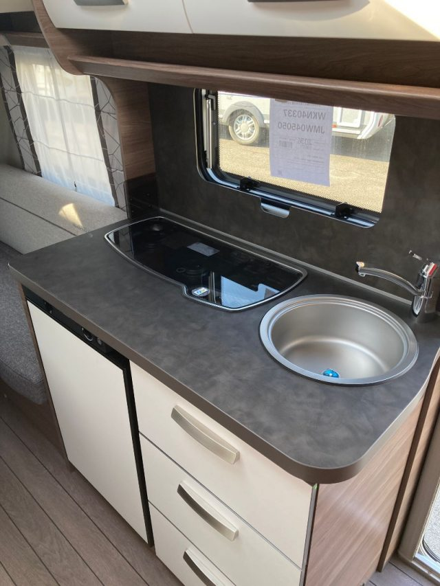 Roulotte KNAUS CARAVAN  SPORT 400 LK SILVER SELEC nuovo  in vendita a Bergamo - Immagine 19