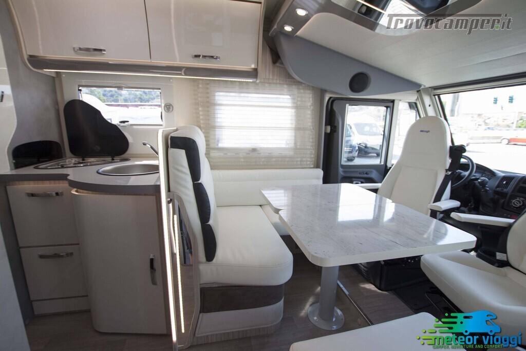 Motorhome 4 Posti Elnagh Magnum 581 - Letto nautico usato  in vendita a Rimini - Immagine 7