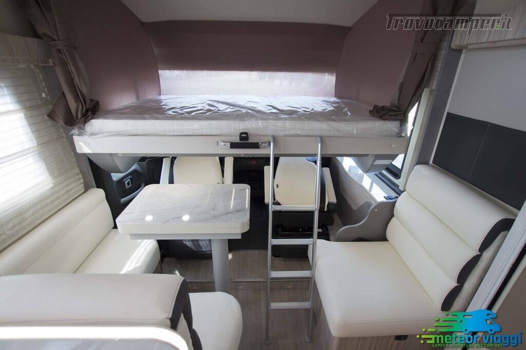 Motorhome 4 Posti Elnagh Magnum 581 - Letto nautico usato  in vendita a Rimini - Immagine 12