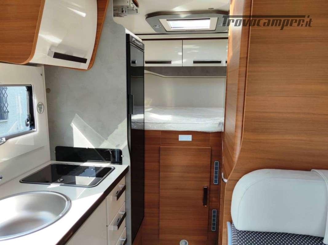Elnagh Baron 531 -Semintegrale 6 metri - 4 posti omologati usato  in vendita a Piacenza - Immagine 12