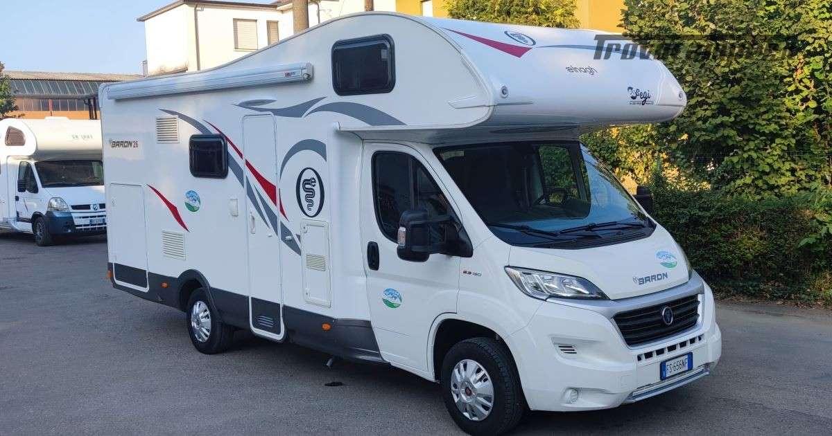 Elnagh Baron 26G - Mansardato Garage grande usato  in vendita a Piacenza - Immagine 1
