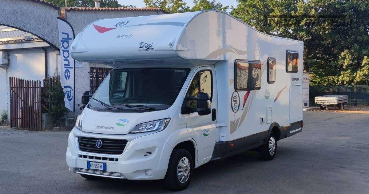 Elnagh Baron 26G - Mansardato Garage grande usato  in vendita a Piacenza - Immagine 3