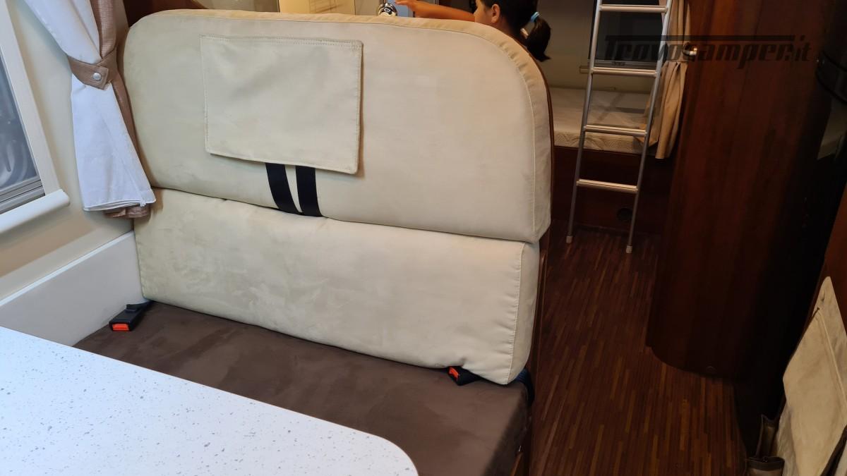 ELNAGH BARON 22 - 7 POSTI - CON PORTA MOTO usato  in vendita a Milano - Immagine 3