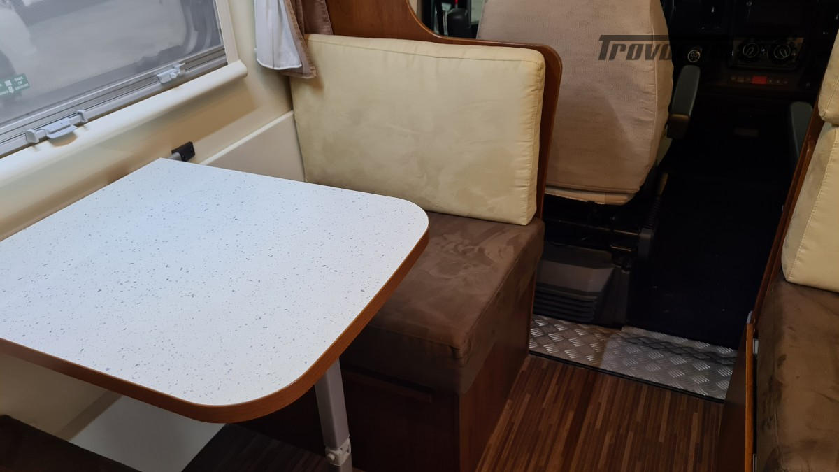 ELNAGH BARON 22 - 7 POSTI - CON PORTA MOTO usato  in vendita a Milano - Immagine 5