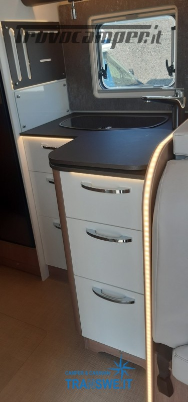 Bürstner Lyseo Privilege 690G camper semintegrale con letti gemelli in coda usato  in vendita a Como - Immagine 9