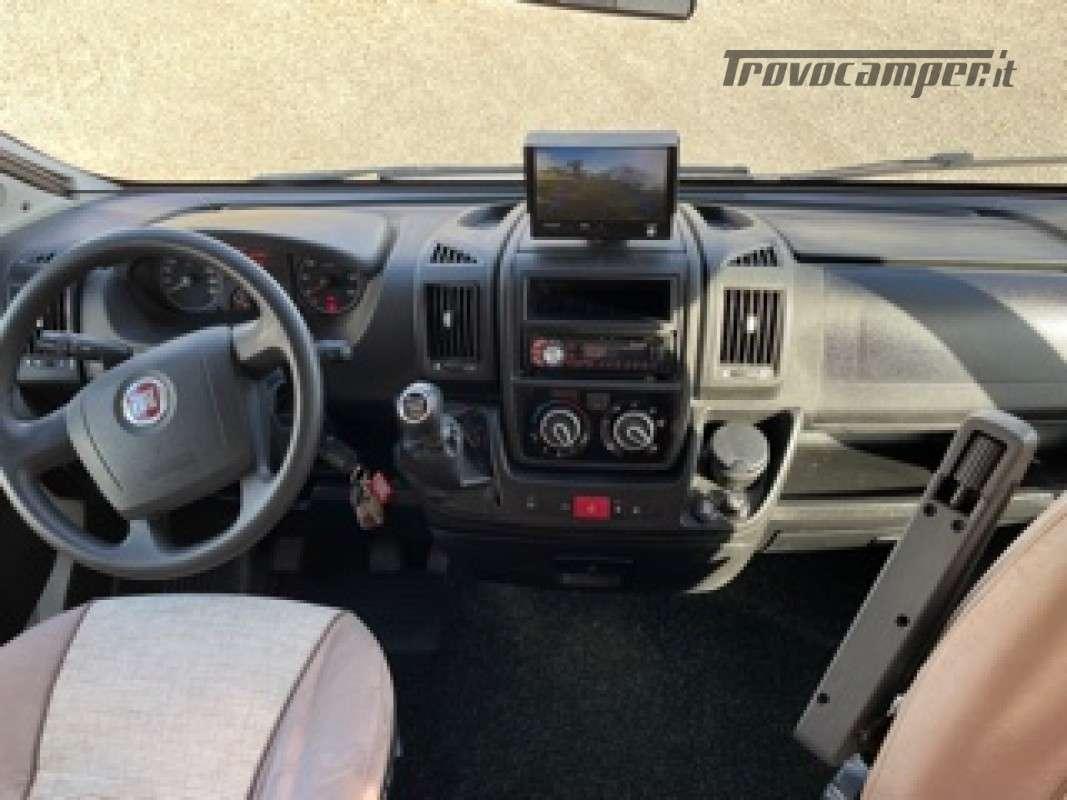 Semintegrale Adria Sport 650DF usato  in vendita a Firenze - Immagine 18
