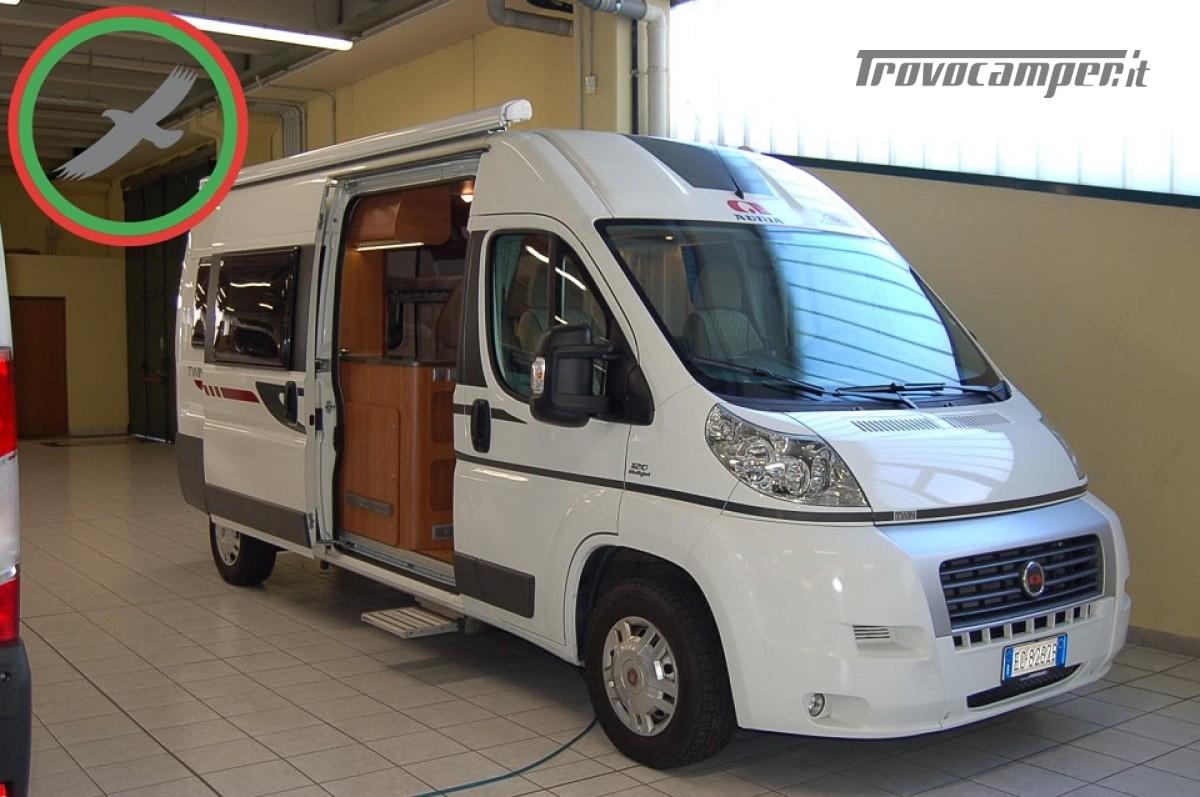 Furgonato van 4 posti letto ADRIA TWIN 4 usato  in vendita a Milano - Immagine 1