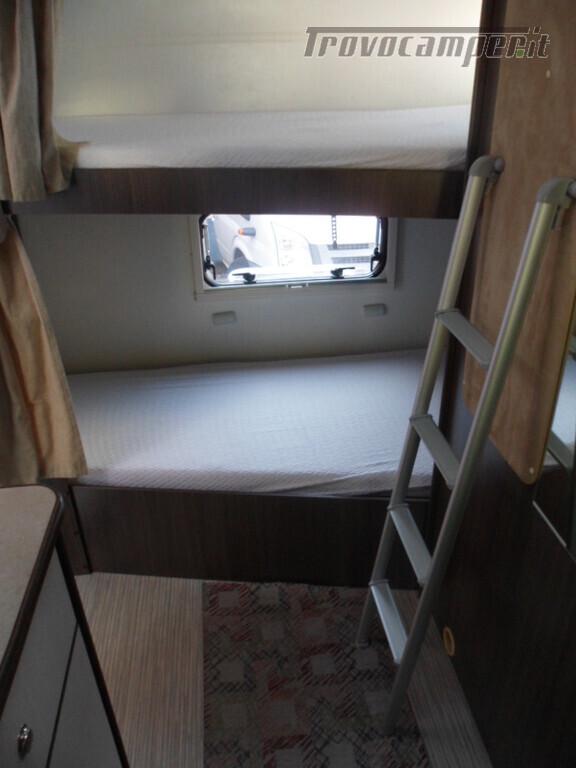 Mansardato Blucamp SKY71 OMOLOGATO 7 posti, letti castello trasversali usato  in vendita a Alessandria - Immagine 13