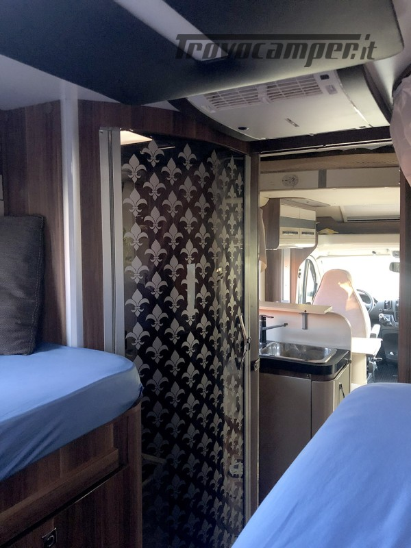 Splendido camper roller 286TL garanzia usato  in vendita a Pordenone - Immagine 3
