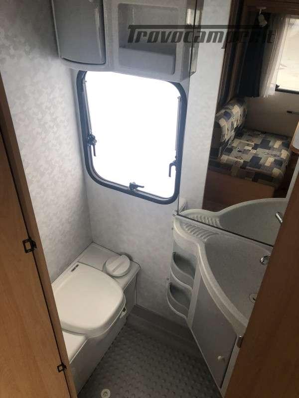 Caravan Adria 502 DK, 5 posti letto usato  in vendita a Perugia - Immagine 4